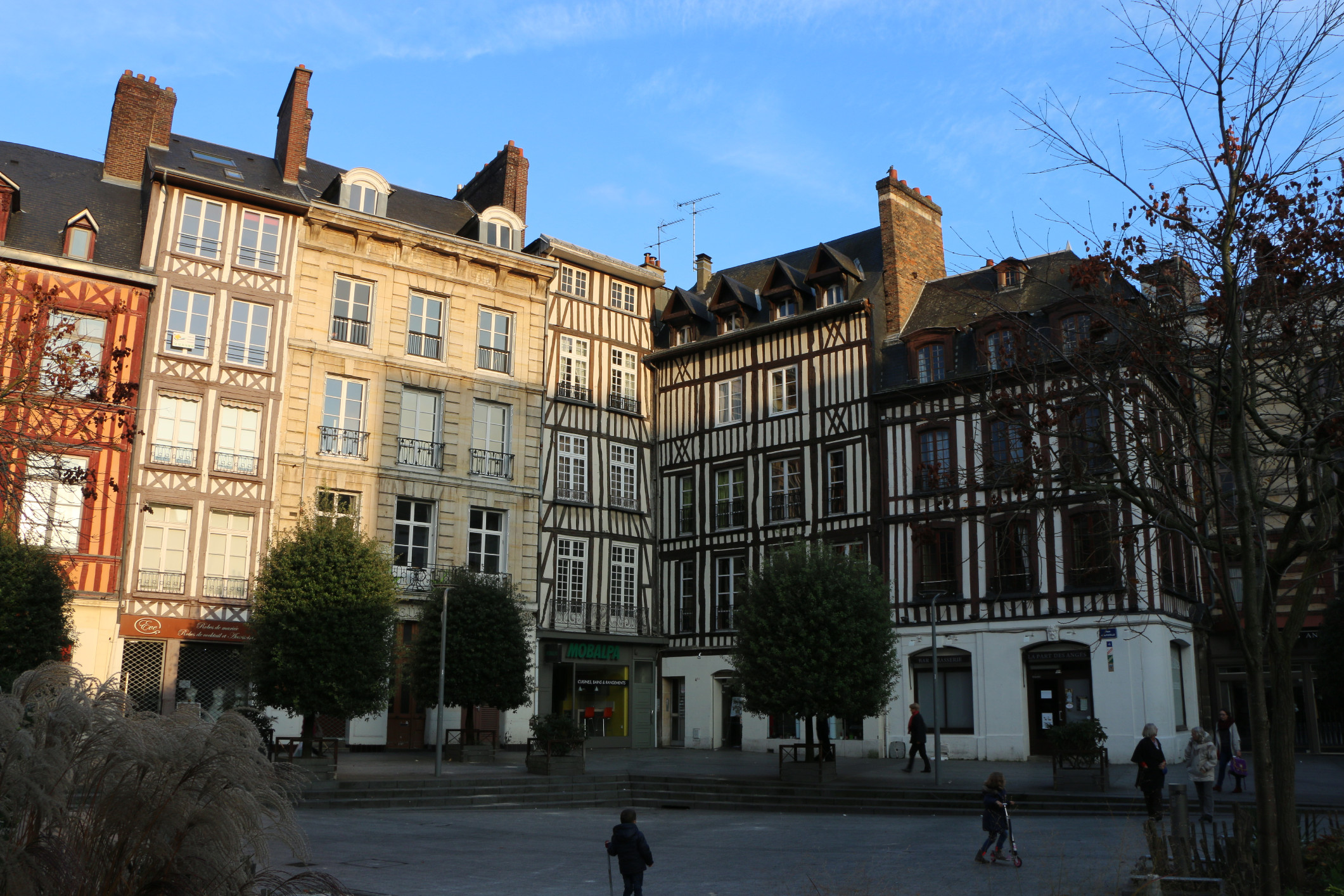 Hotel de bourgtheroulde street view for Hotels rouen